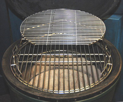 pswoo with extender and D grid in a large big green egg