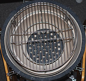 "18"" stainless grid atop the adjustable rig with spider in the kamado classic vision grill"