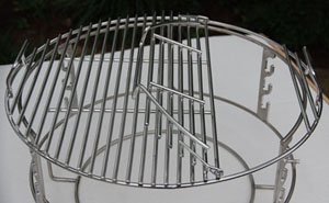 adjustable rig with spider and grill's stock grid on top for kamado style Vision Grills